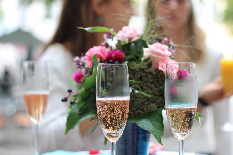 Pomozte nevěstě s organizací svatby.