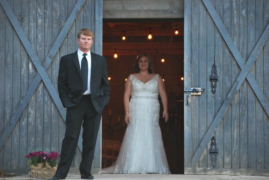 Chcete také svatbu ve stodole? Stačí se podívat po okolí.