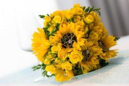 Žlutá svatba: slunečnice, citrony asluníčkový den