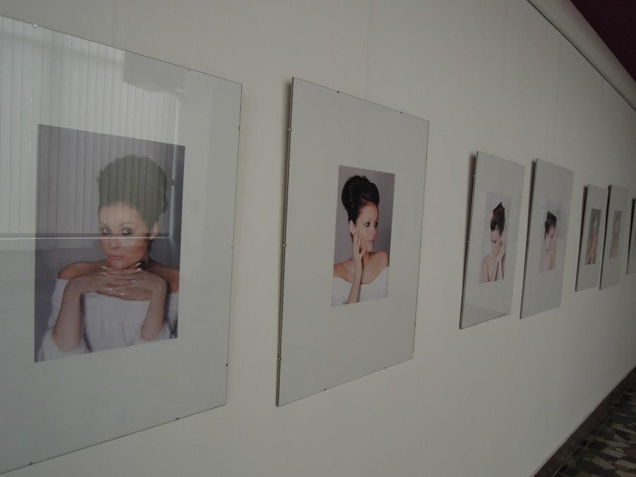 Výstava fotografií svatebních účesů
