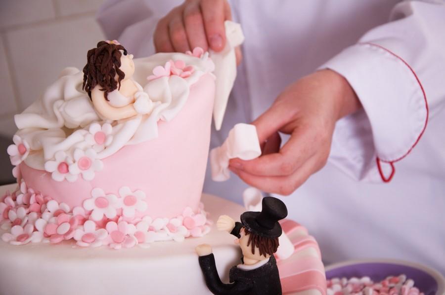 pár objednávka nevěsty líbání