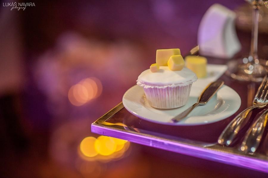 Futuristické svatební cupcake