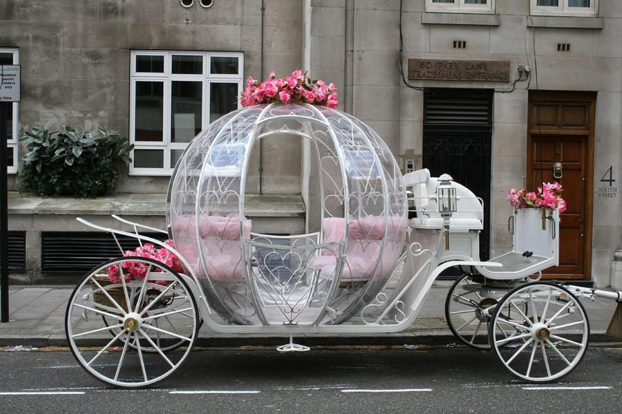 Svatební hra královský kočár. Pravdidla i pohádkový příběh na svatební zábavu.