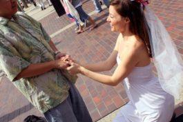 5 nejoblíbenějších sexy her na rozlučku se svobodou pro nevěstu