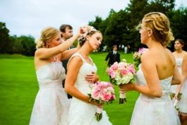 Co se na svatbě vyplatí dělat DIY ana co si raději najmout profesionály?
