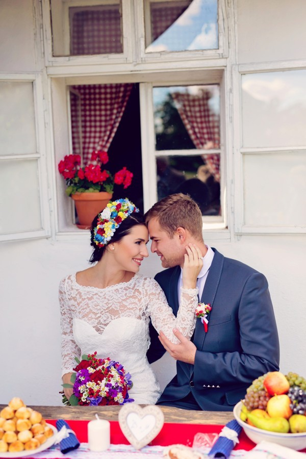zenich-a-nevesta-folklorni-svatby