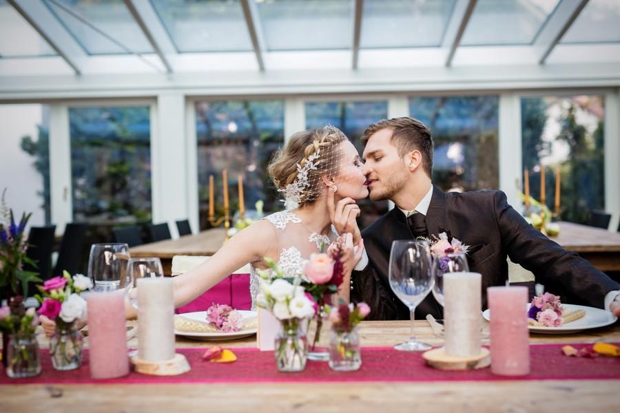 romanticka-svatebni-hostina-v-zimni-zahrade