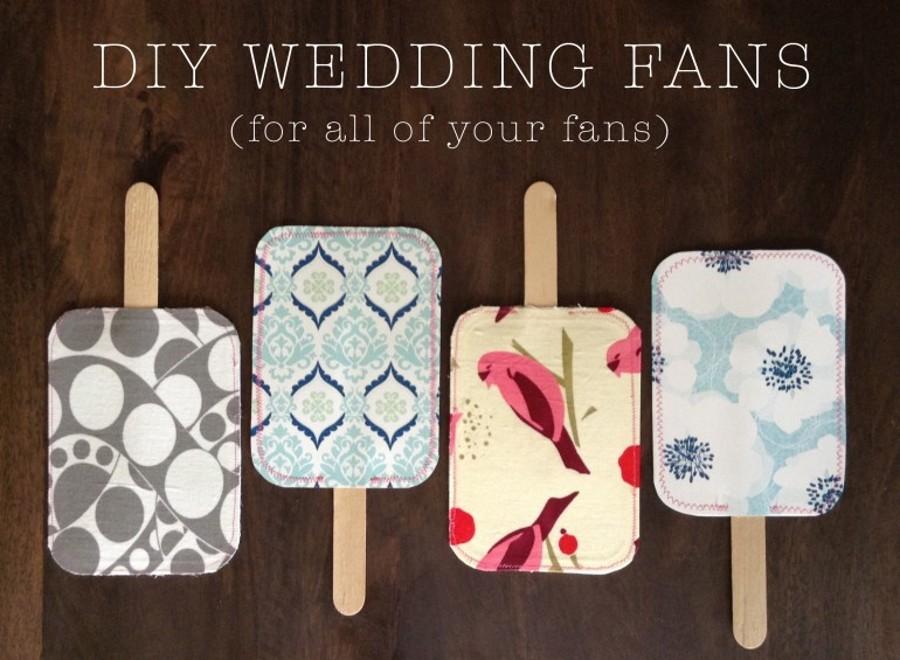 Zajímavé vějířky http://www.silverinthecity.com/blog/diy-wedding-fans/