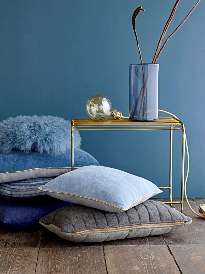 modre-dekoracni-polstarky