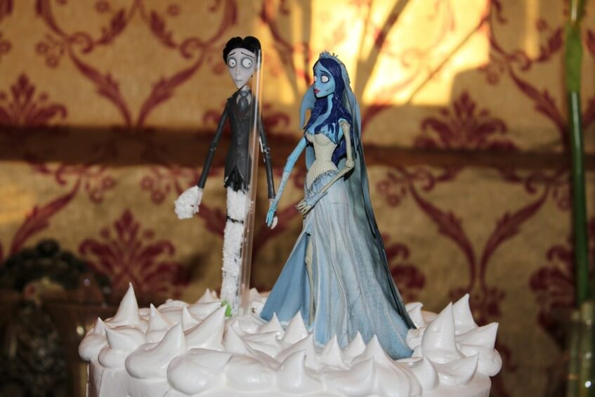 Dort s postavičkou Mrtvé nevěsty Tima Burtona.