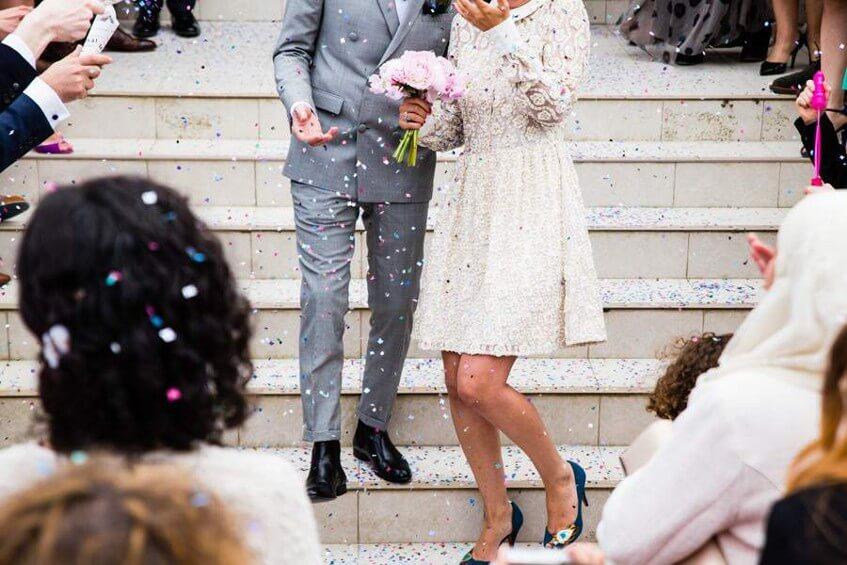 Rozhodování, jestli uspořádat svatbu bez dětí, je na snoubencích.