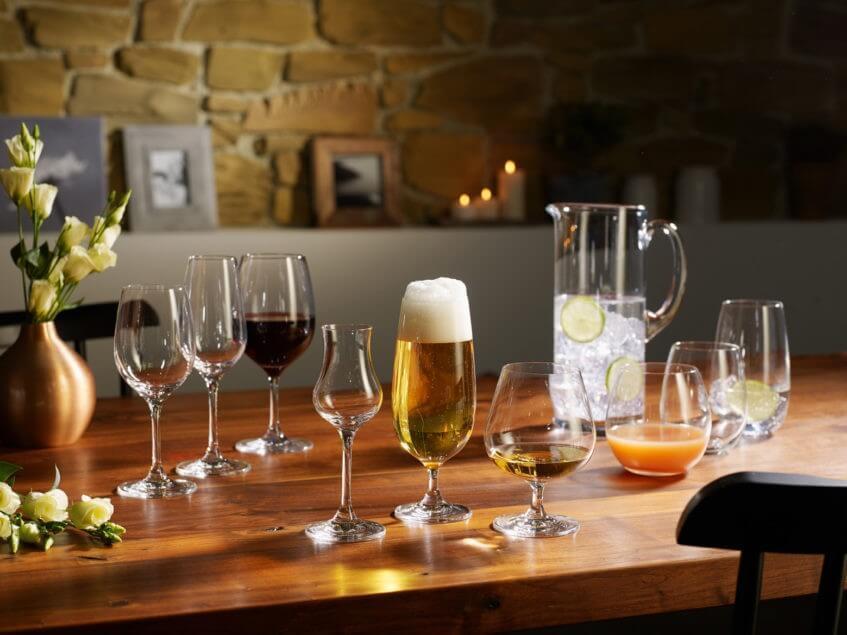 Kvalitní sklo a skleničky vypadají elegantně a vydrží dlouhá léta.