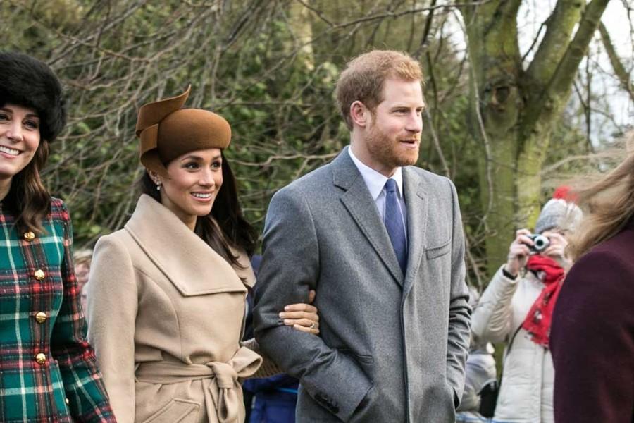 Harry a Meghan se seznámili na rande naslepo.