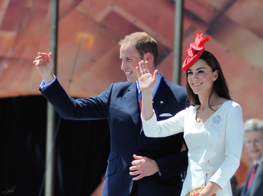 William a Kate se svatby zúčastní také.