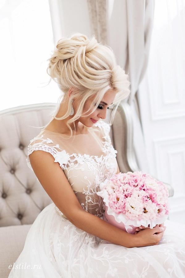 svatebni uces blond vlasy