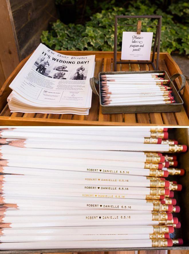 svatební noviny na stole