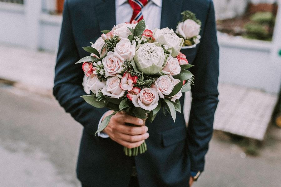 něžná svatební kytice