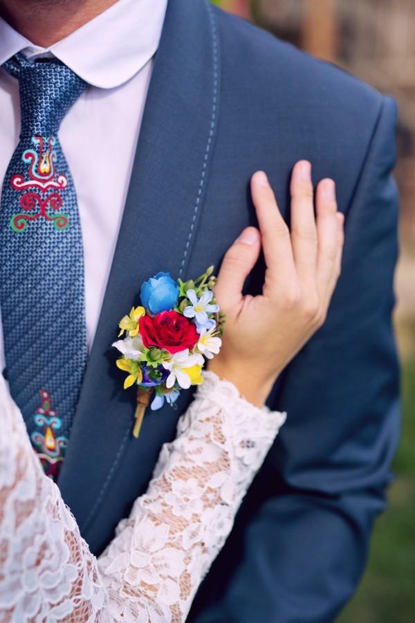 folklórní kravata