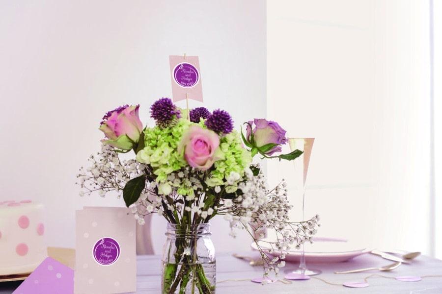 Svatební razítka se hodí na oznámení, výslužky i poděkování.