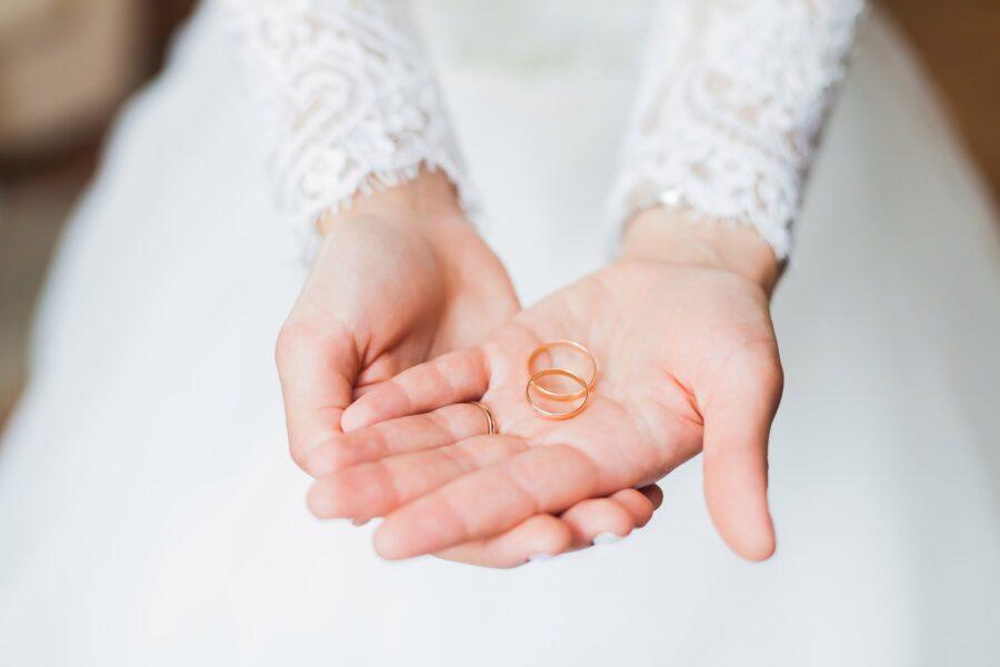 nápis na prstýnku